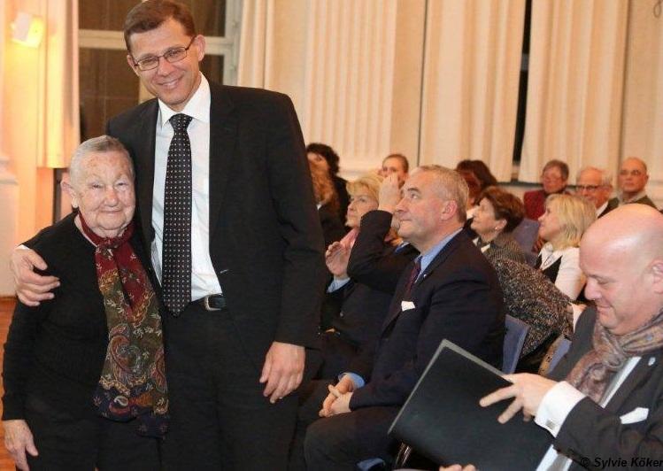 Die Holocaustüberlebende Tova Adler und der israelische Generalkonsul Tibor Shalev-Schlosser bei der Gedenkveranstaltung am 30.01.2013 im Max-Joseph-Saal in der Residenz in München, Foto: Sylvie Köker